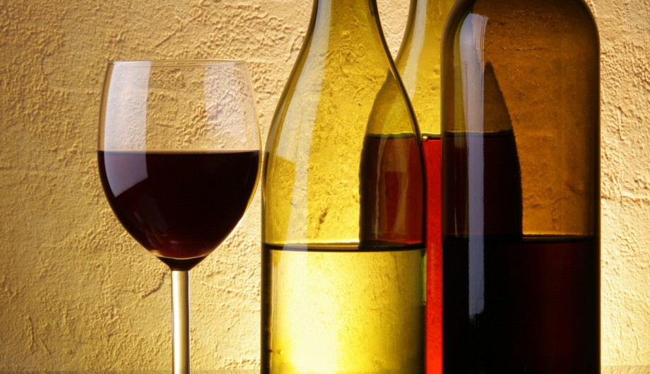 Women & Alcohol: Do You Drink Too Much?
